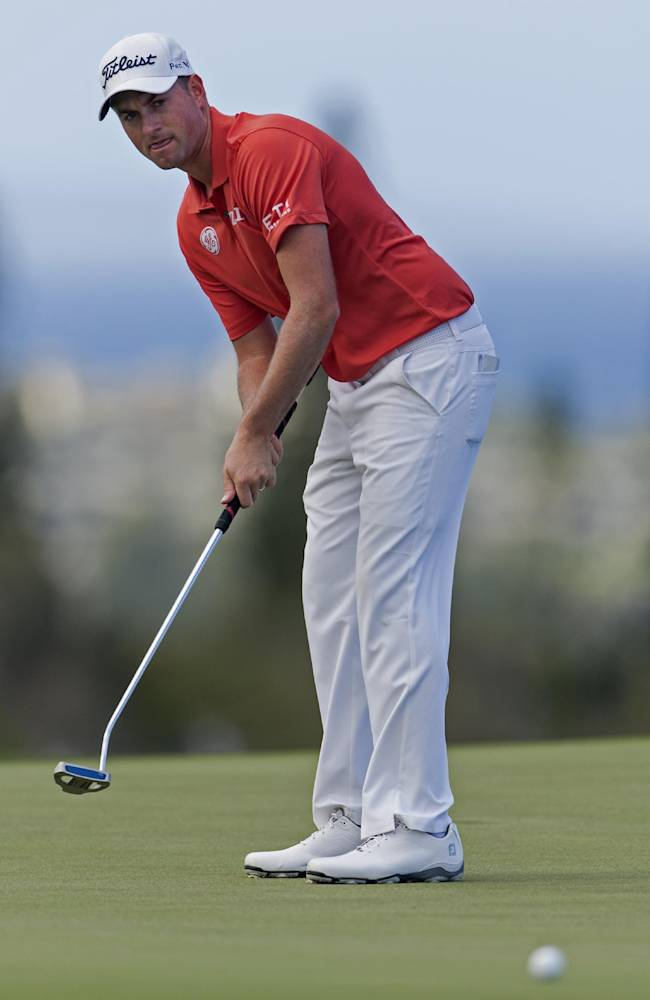 Zach Johnson takes a 3-shot lead in Hawaii