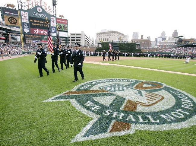 MLB remembers Sept. 11 with on-field tributes