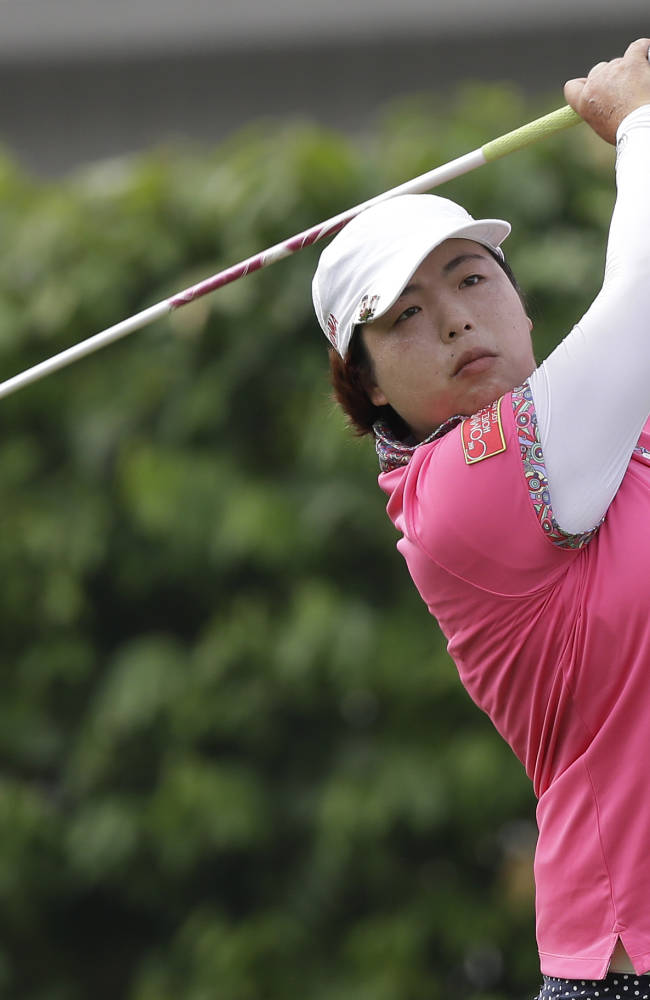 Lee leads Malaysia by a shot after Thompson's 63