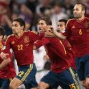 Spain's players celebrate after winning the penalty shootout during the Euro 2012 soccer championship semifinal match between Spain and Portugal in Donetsk, Ukraine, Thursday, June 28, 2012. (AP Photo/Ivan Sekretarev)
