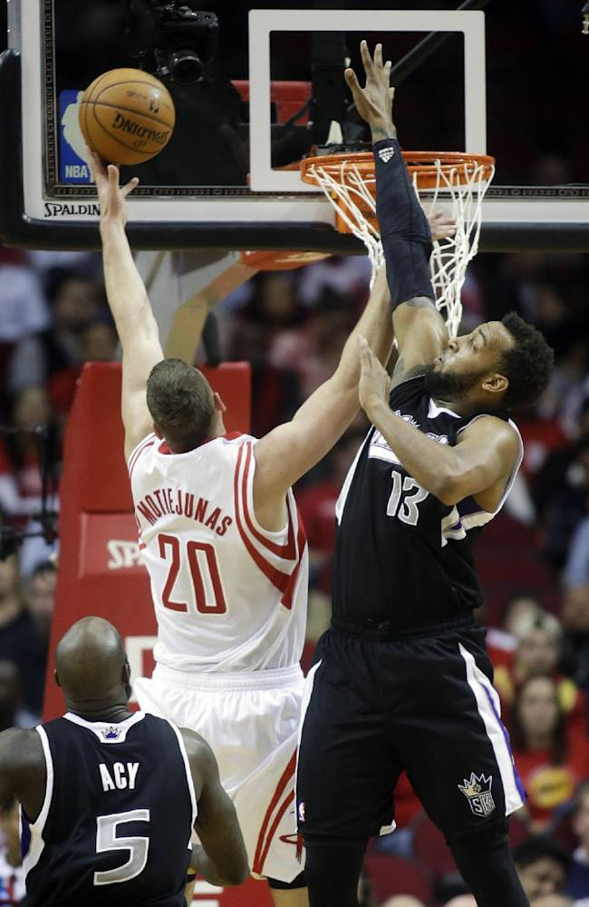 Howard and Harden lead Rockets over Kings 119-98