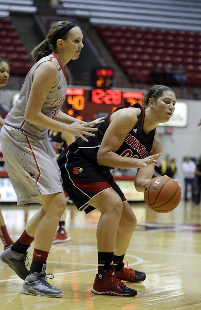 No. 7 Louisville women run past Ball State 105-67