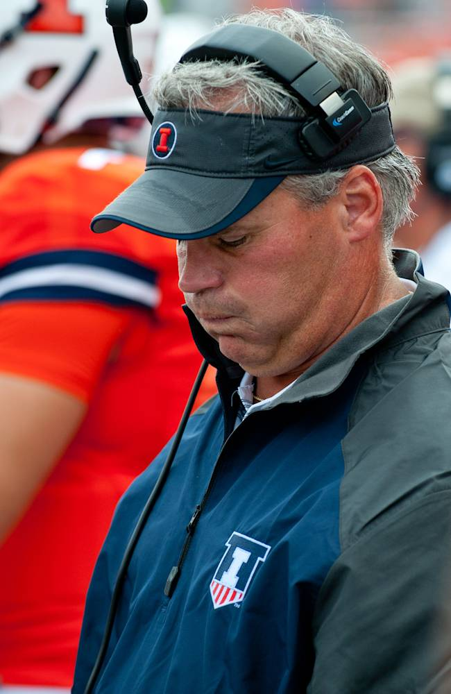No turnovers an ongoing problem for Illini defense