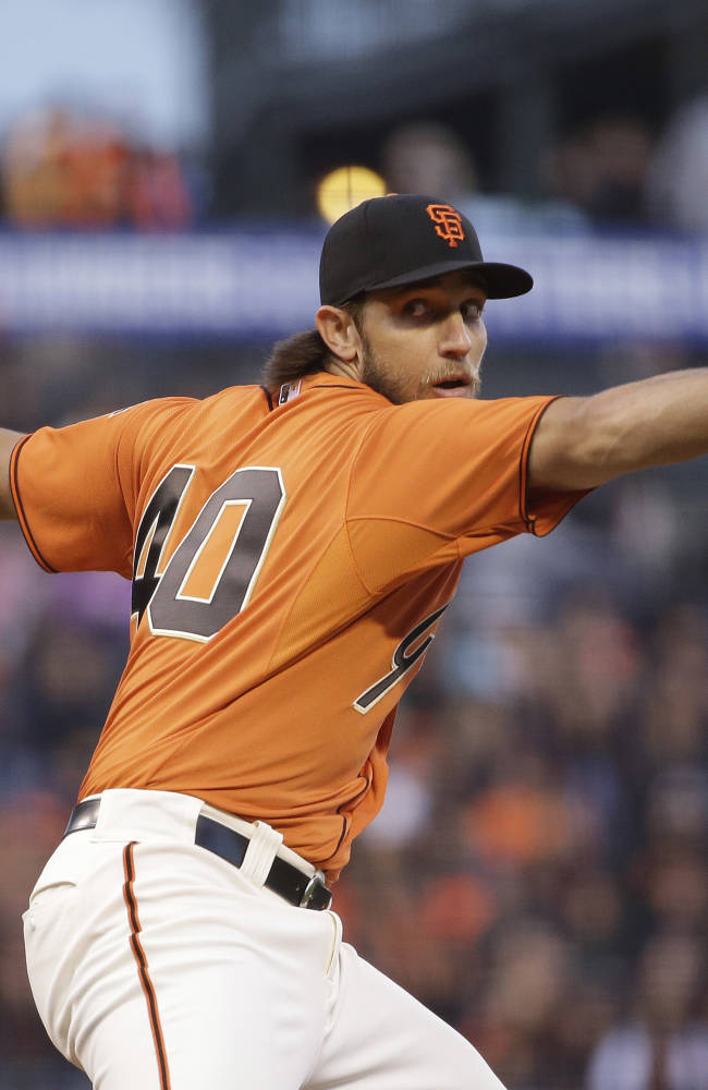 Bumgarner hits grand slam, Giants edge Rockies 6-5