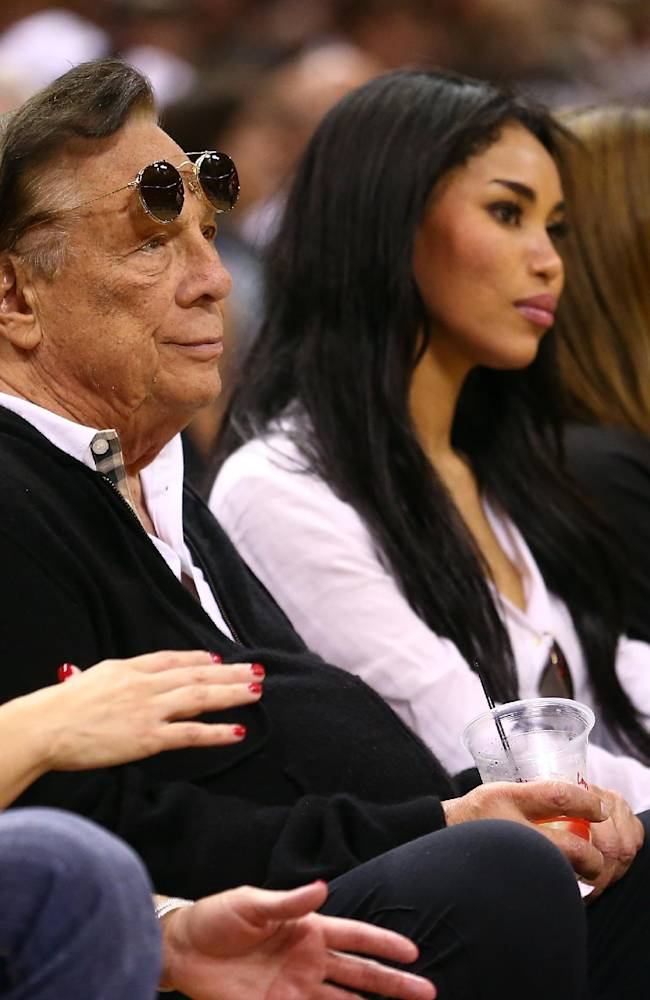 Witness: Sterling needs Clippers sale to pay debts