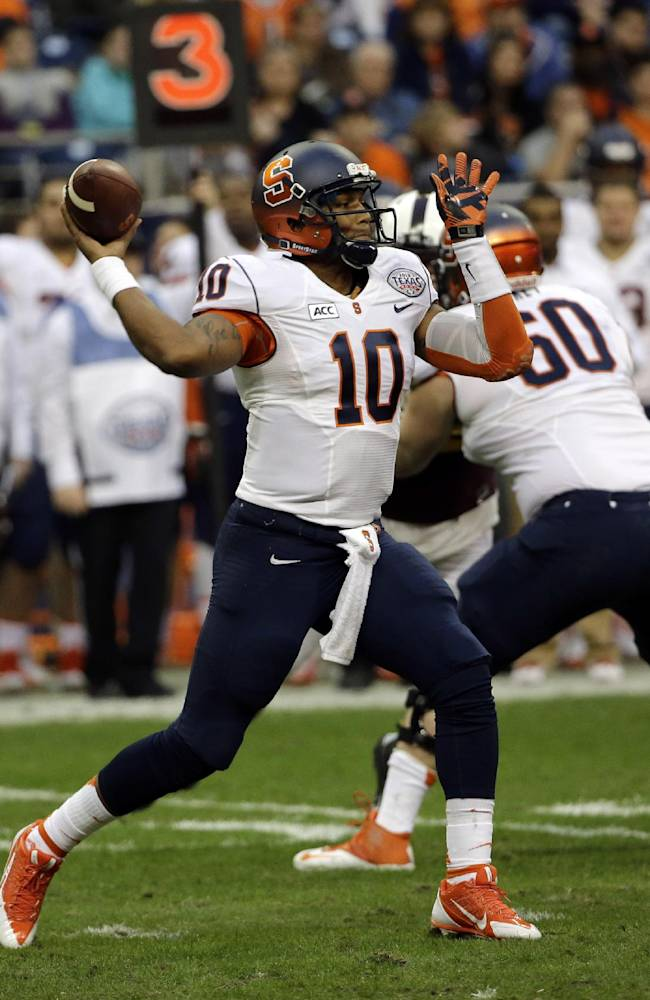 Syracuse quarterback Terrel Hunt (10) throws a pass against Minnesota during the first quarter of the Texas Bowl NCAA college football game on Friday, Dec. 27, 2013, in Houston