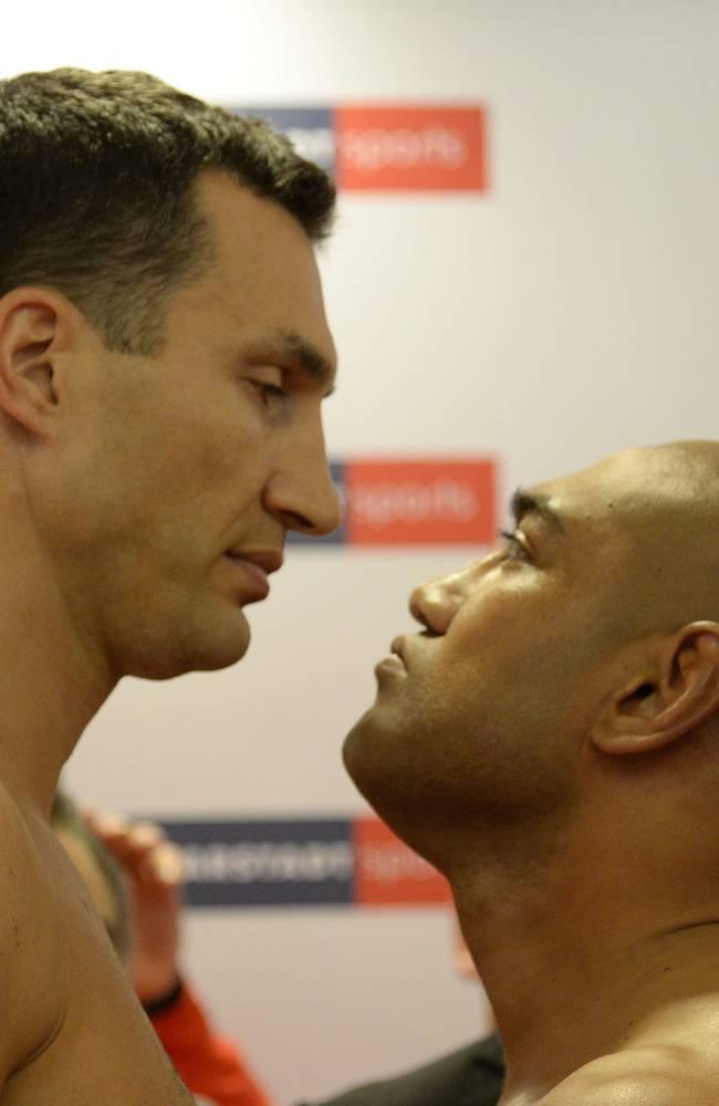 Wladimir Klitschko v Alex Leapai - Weigh In