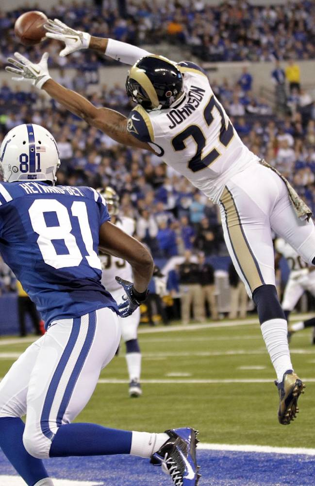 Colts trying to get early start on fixing offense