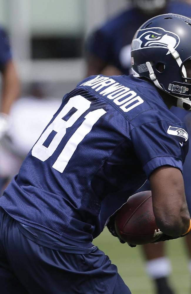 Rookies get 1st taste with champion Seahawks