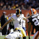 Pittsburgh Steelers kicker Shaun Suisham (6) kicks a 20-yard field goal against the Cleveland Browns in the first quarter of an NFL football game Sunday, Oct. 12, 2014, in Cleveland The Associated Press