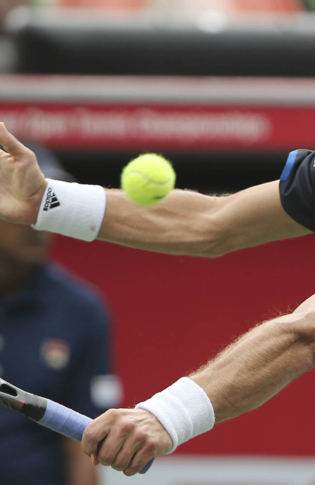 Haase defeats 8th-seeded Thiem in 3 sets in Vienna