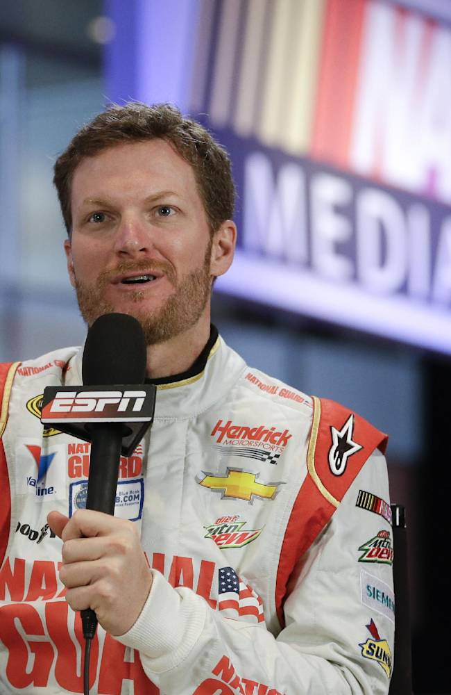 Snow day for Newman, Truex, who miss 500 media day
