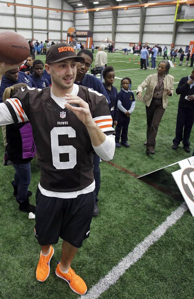 Browns coach Mike Pettine looking forward