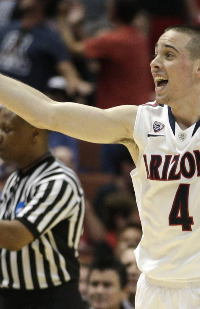 Arizona, Wisconsin advance to NCAA West final