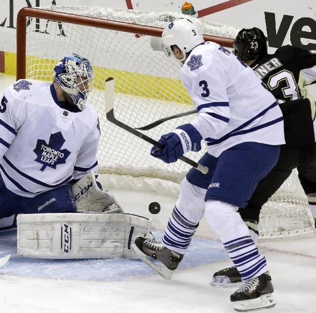 Crosby lifts Penguins past Maple Leafs 3-1