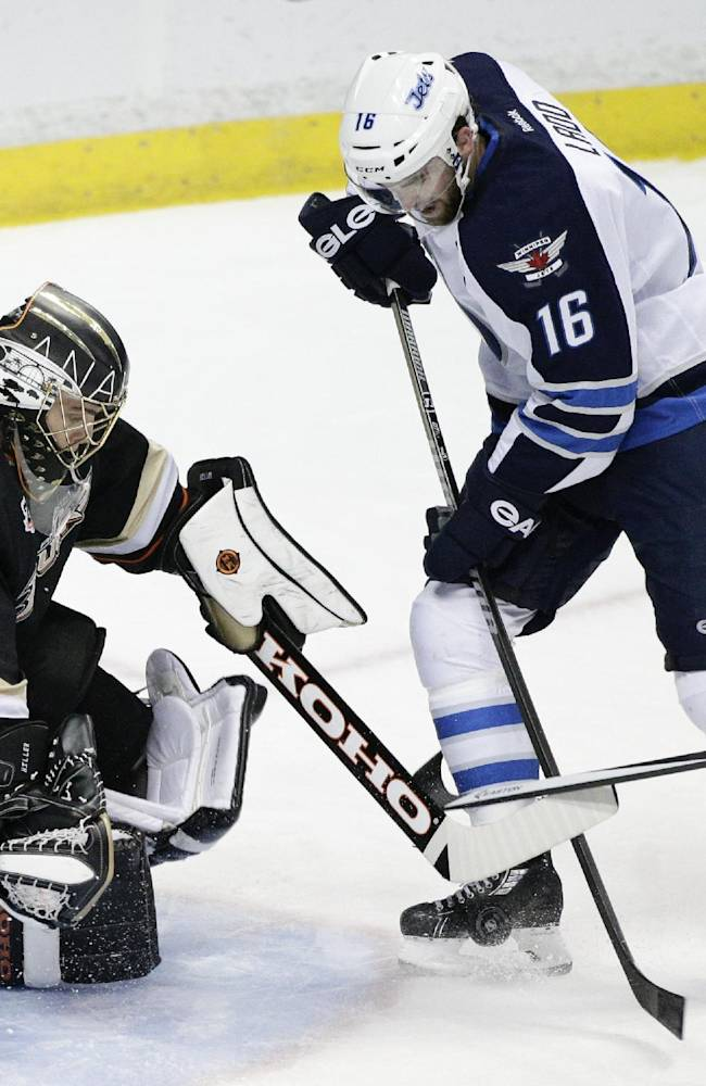 Kane leads Winnipeg past league-leading Ducks, 3-2