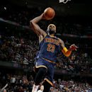 LeBron scores 42, Cavs beat Warriors for 18th win in last 20 The Associated Press