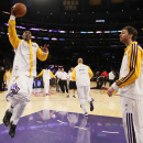 Kobe returns, but Raptors beat Lakers 106-94 The Associated Press