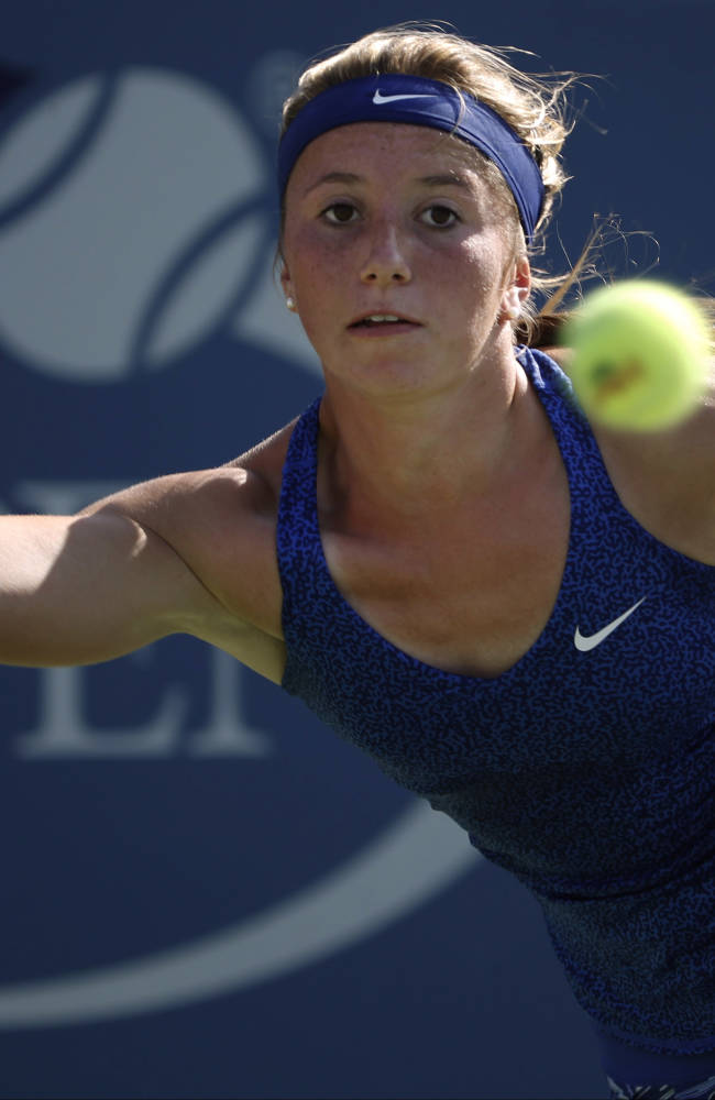 Zahlavova Strycova advances at Luxembourg Open