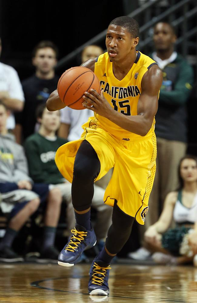 California's Jordan Matthews brings the ball down court against Oregon during the second half of an NCAA college basketball game in Eugene, Ore. on Thursday, Jan. 9, 2014