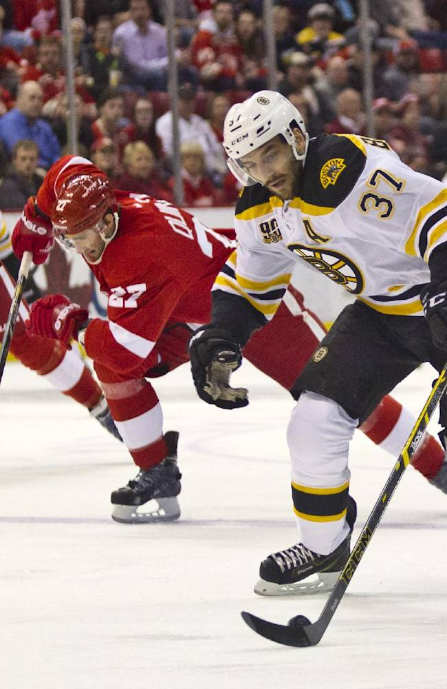 Nyquist scores to help Red Wings beat Bruins 3-2