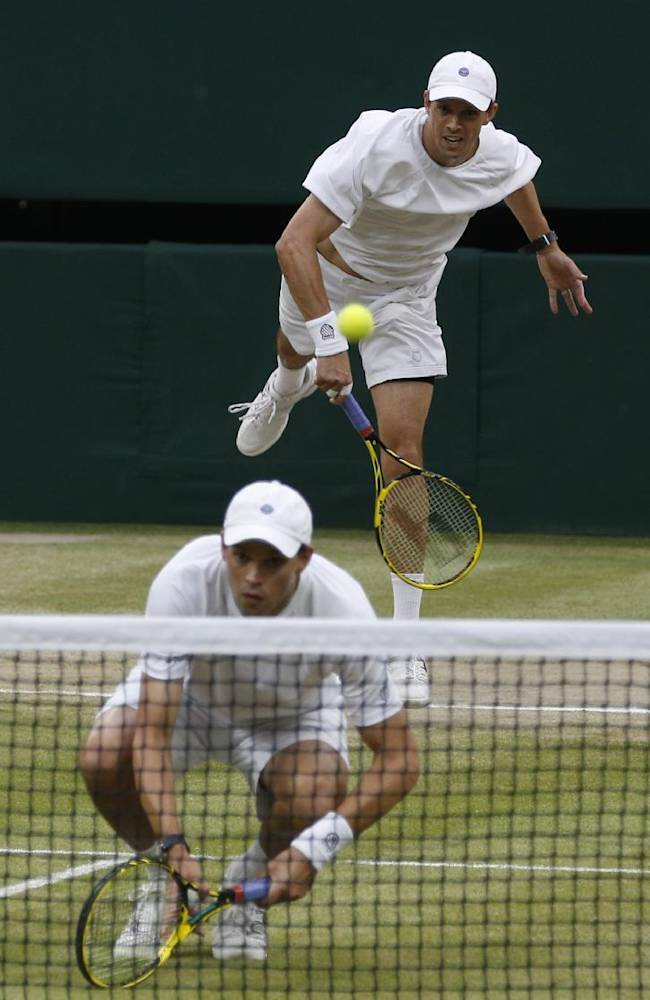 Eyes wide shut: Sock, Pospisil win Wimbledon final