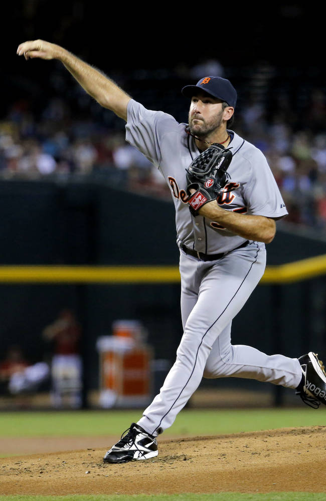 Verlander makes last-minute adjustment in win