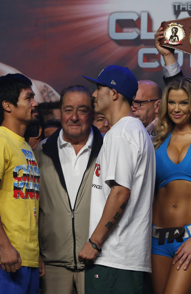 Pacquiao fights for career, nation against Rios