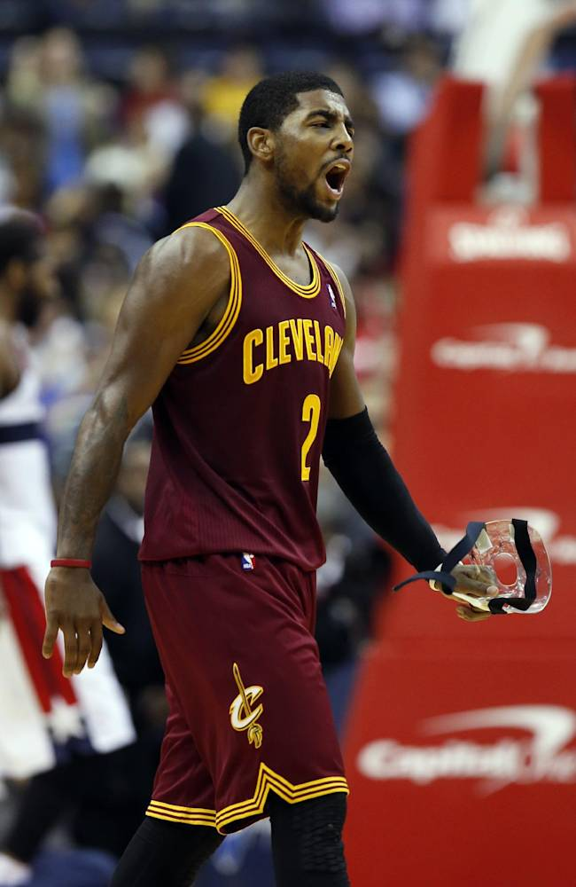 Cavs G Waiters back at practice, denies fight