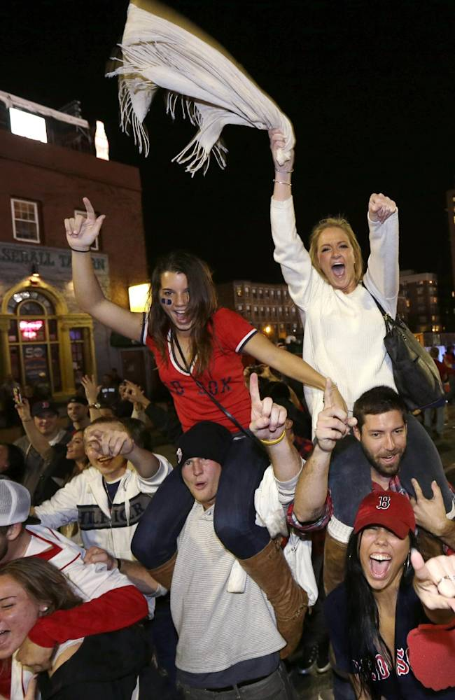 Resilient Red Sox lift Boston in wake of bombings