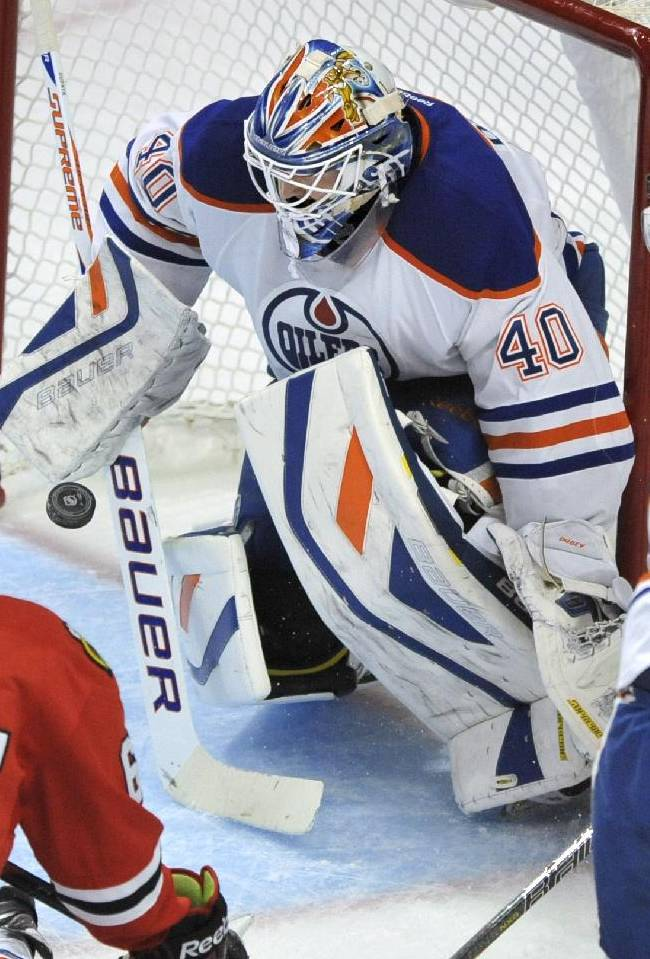 Predators try to bolster goalie spot with trade