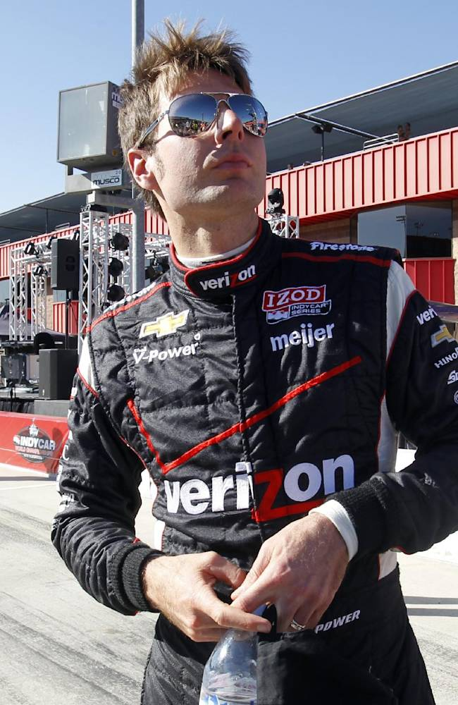 Penske sweeps front row as Helio chases Dixon