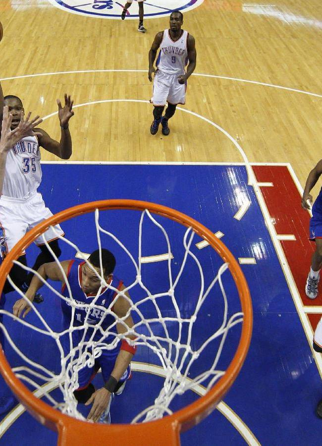 Durant has triple-double, Thunder top 76ers 103-91