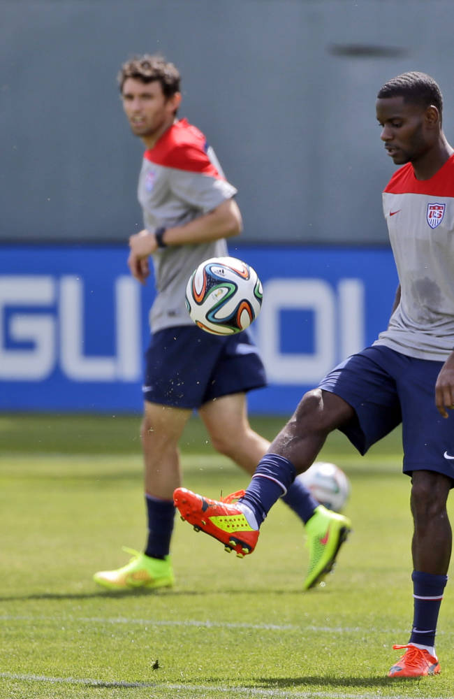 United States' Maurice Edu juggles the ball during a training session in preparation for the World Cup soccer tournament on Friday, May 16, 2014, in Stanford, Calif