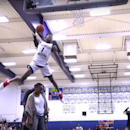 UCLA commit Jaylen Hands dunks over both parents to win dunk contest
