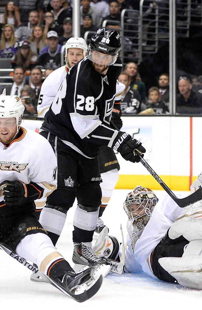 Anaheim Ducks v Los Angeles Kings - Game Four
