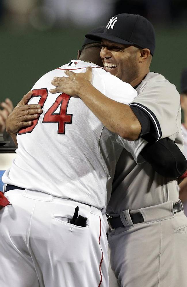 Red Sox honor Rivera before last game at Fenway