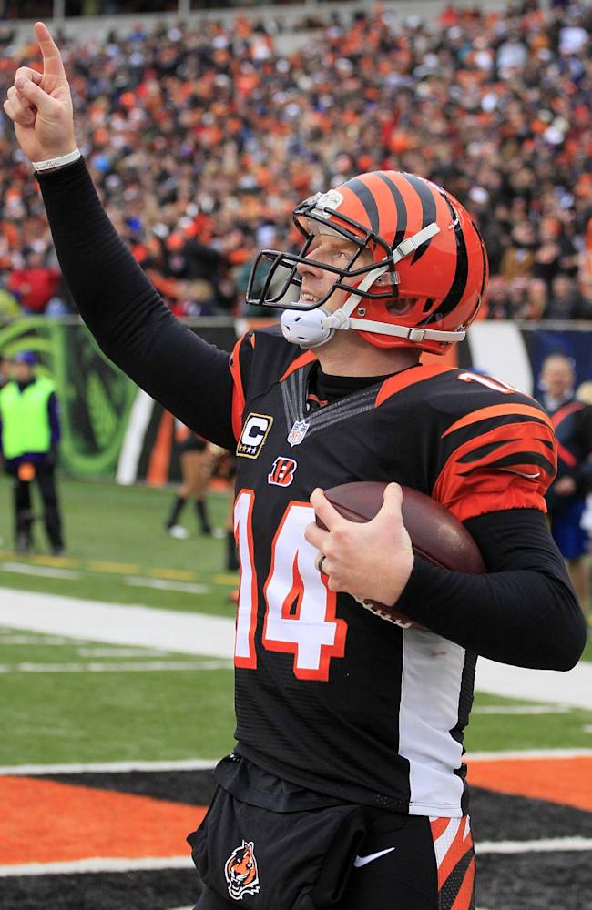 Bengals' QB Andy Dalton signs multiyear deal