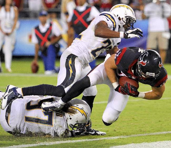 Texans rally from 21 down to stun Chargers 31-28