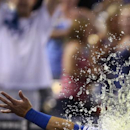Gordon's 2-run homer in 9th gives Royals 2-1 win The Associated Press