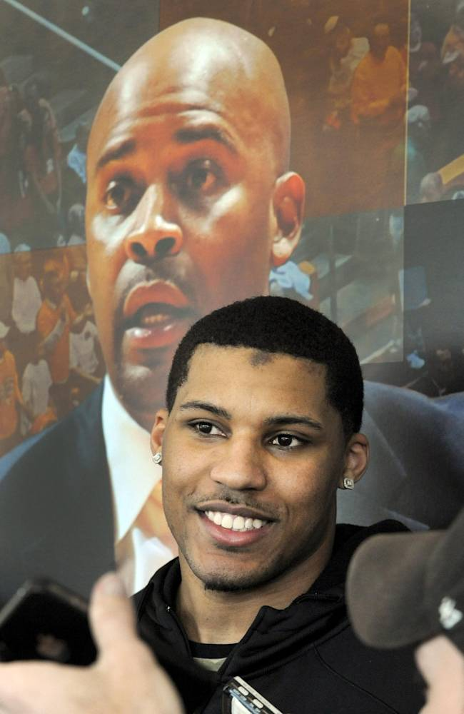 Tennessee's Jarnell Stokes to enter NBA draft