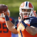 UTEP quarterback Jameill Showers warms up prior to a New Mexico Bowl NCAA college football game against Utah State, Saturday, Dec. 20, 2014, in Albuquerque, N.M. (AP Photo/Ross D. Franklin)