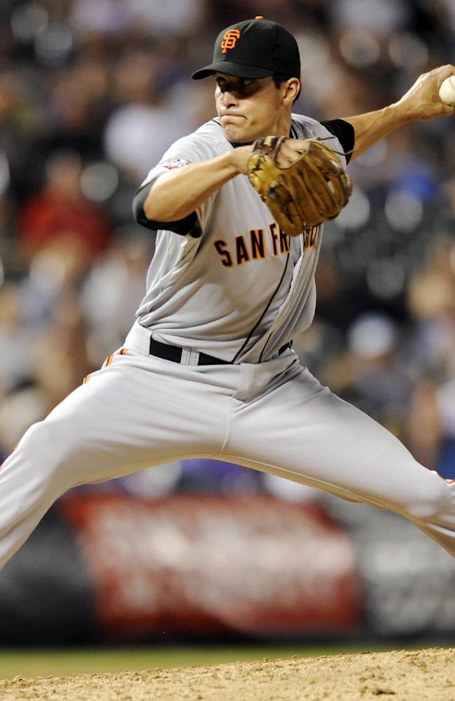Giants, Lopez agree on $13 million, 3-year deal