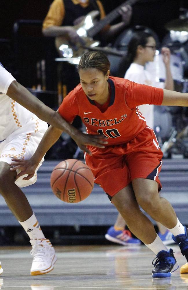 No. 8 Lady Vols trounce Mississippi 94-70