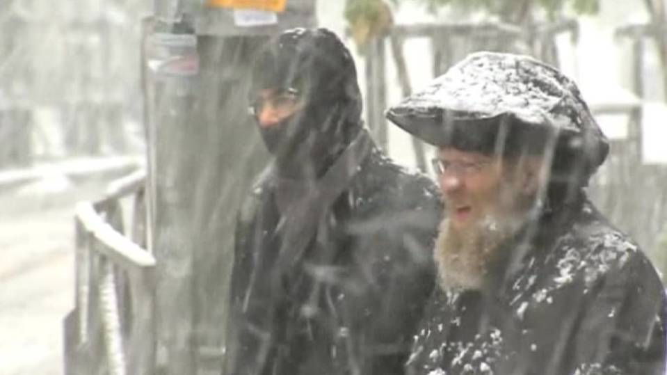 Snow sweeps across Jerusalem and West Bank