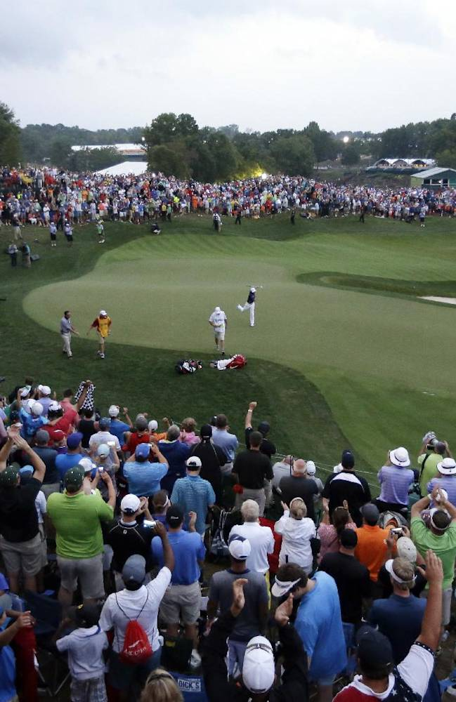 For all his talent, McIlroy wins a major with grit