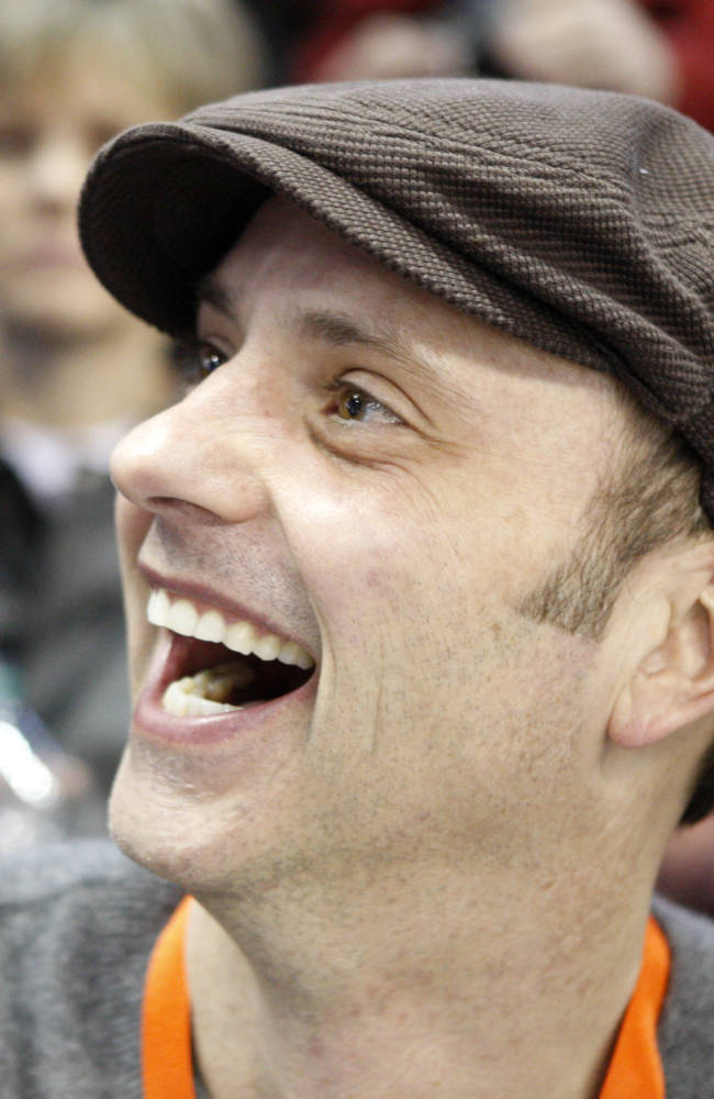 Figure skating champ Boitano says he's gay