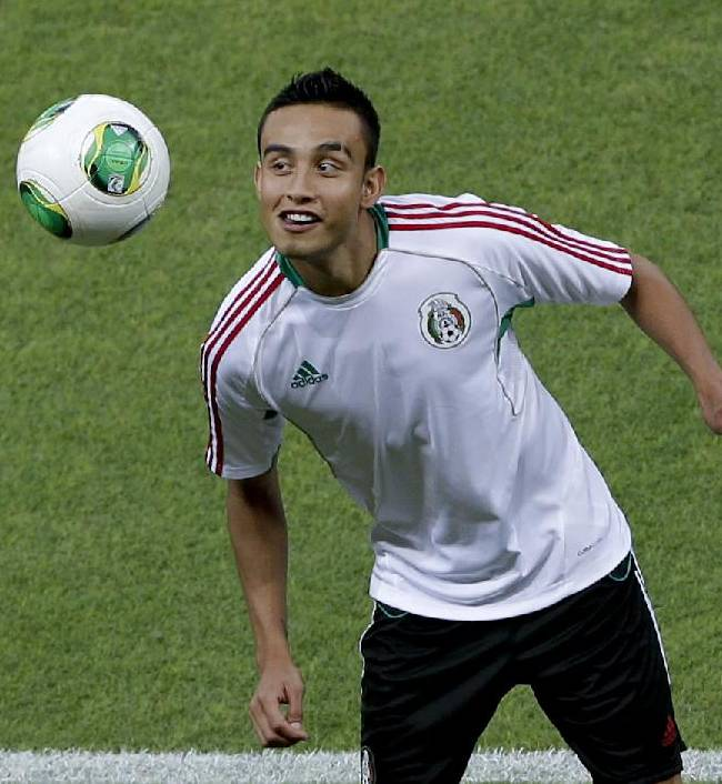 Mexico's Jesus Zavala controls the ball during  a training session at Castelao stadium in Fortaleza, Brazil, Tuesday, June 18, 2013. Mexico will face Brazil at the soccer Confederations Cup