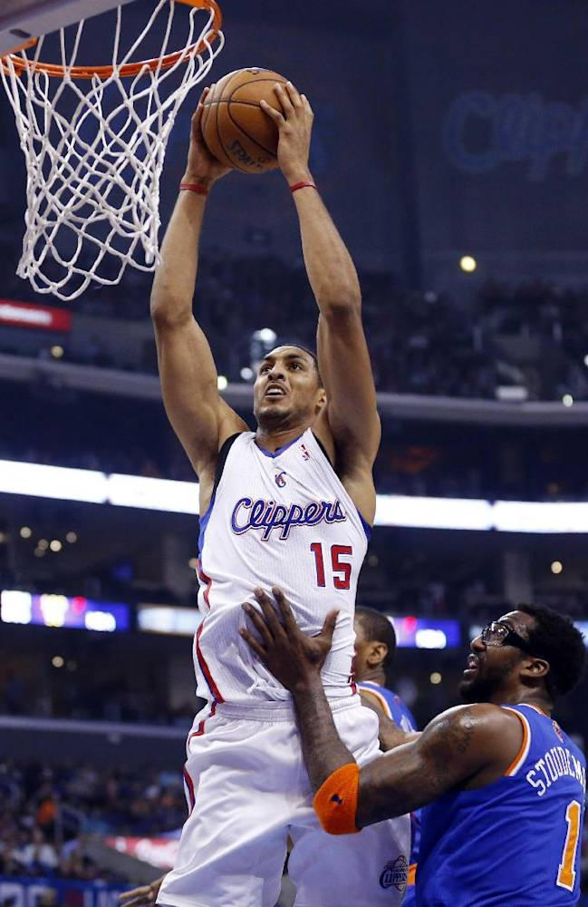 Clips lose CP3, send Knicks to 7th straight loss