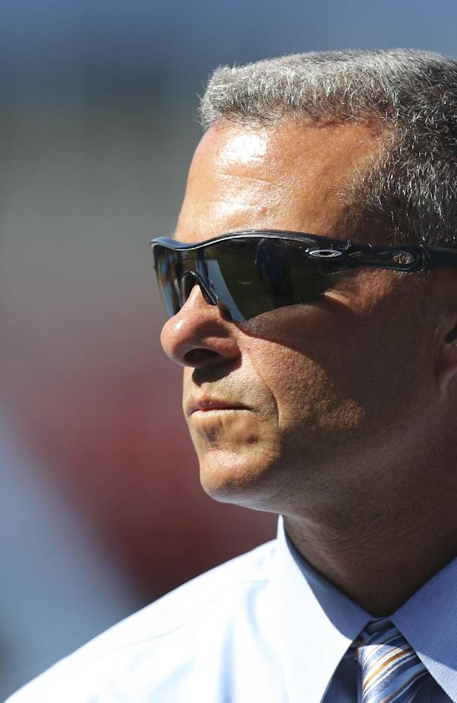 Royals give GM Dayton Moore 2-year extension